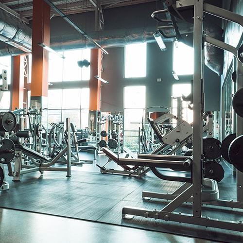 fitnessstudio_zakordon_invest_webseite-min